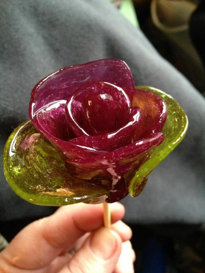 A Way Prisoners Make Rose's For Their Loved Ones Made Of Jolly Ranchers