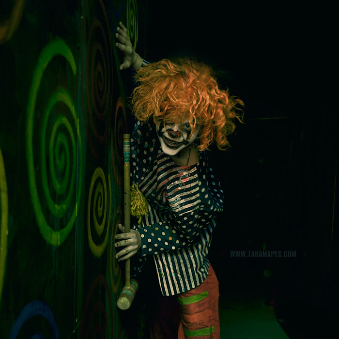 My 38 Photos Of Creepy Clowns That I Took In A Haunted House